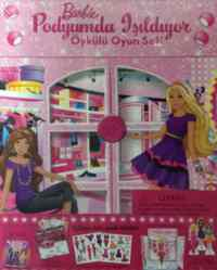 Barbie Podyumda Işıldıyor Öykülü Oyun Seti