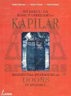 Kapılar: İstanbul'da Konut Girişleri ve